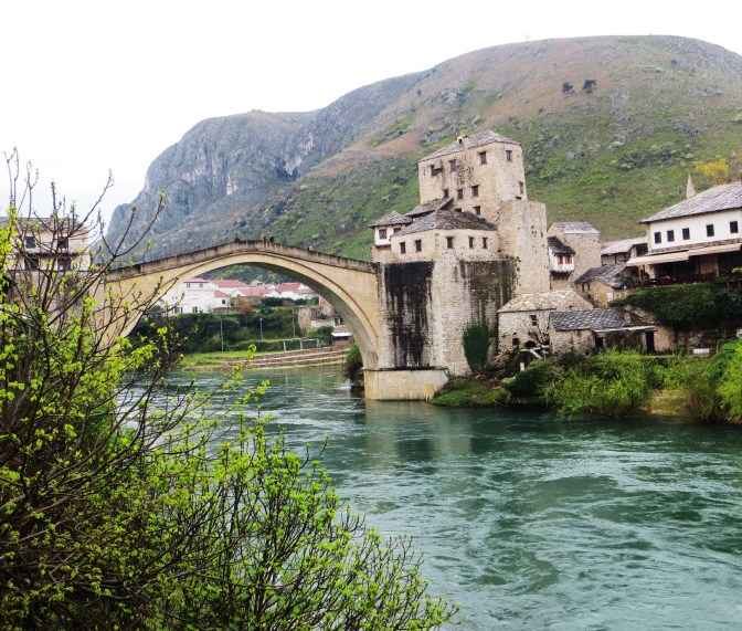 Bosnia: Bridging differences